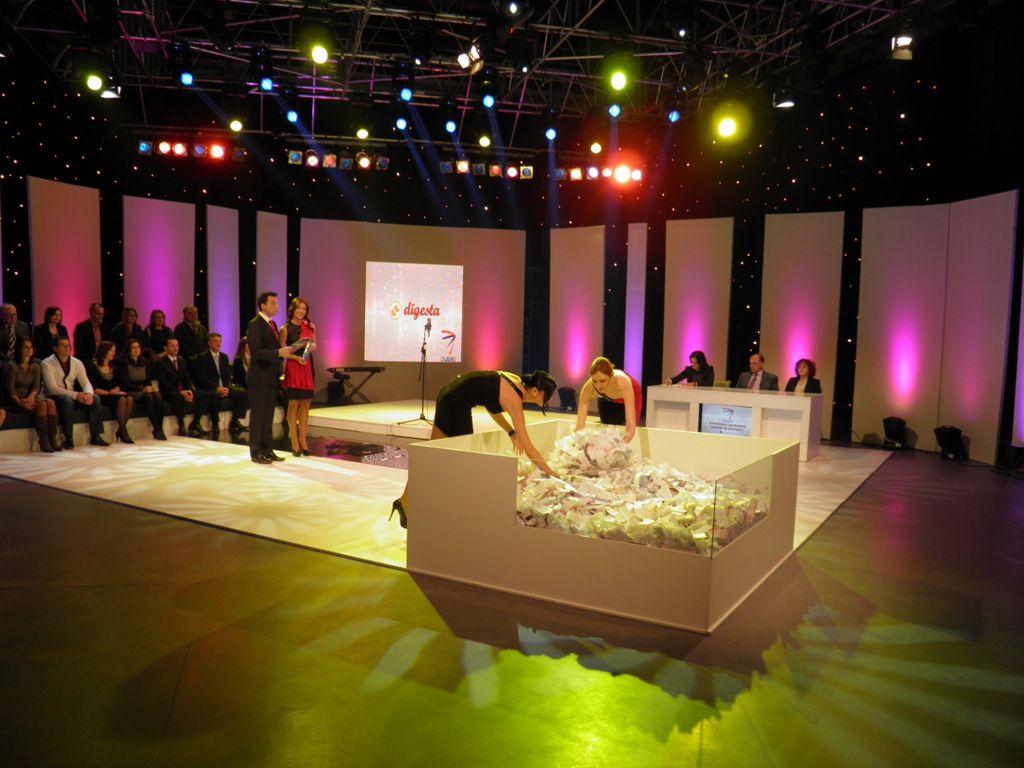Nagradna igra, januar 2012