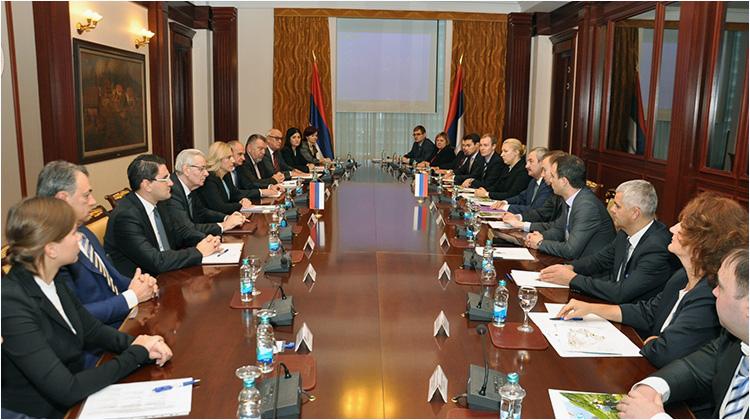 Sastanak Ruska delegacija