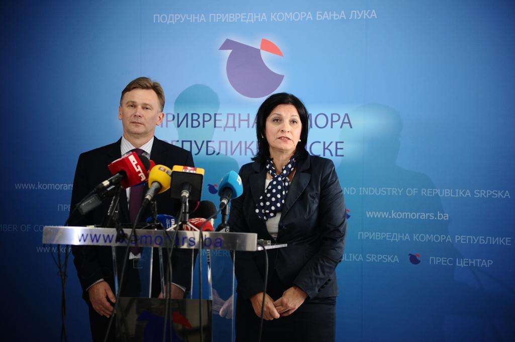 Multilateralna kompenzacija press